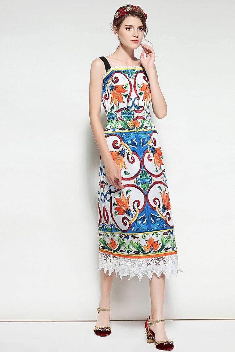bohemian chic fashion woman