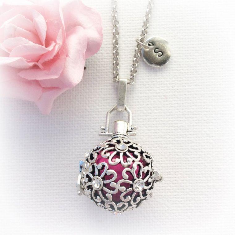 "necklace-of-pregnancy-ball-silver ""width ="" 760 ""height ="" 760 ""srcset ="" https://designmag.fr/wp-content/uploads/2017/07/collier-de-grossesse-boule-argent .jpg 760w, https://designmag.fr/wp-content/uploads/2017/07/collier-de-grossesse-boule-argent-150x150.jpg 150w ""sizes ="" (max-width: 760px) 100vw, 760px ""/></p> <p style="