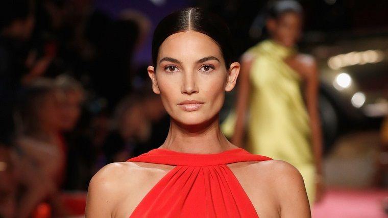 woman-fashion-trend-makeup-2019
