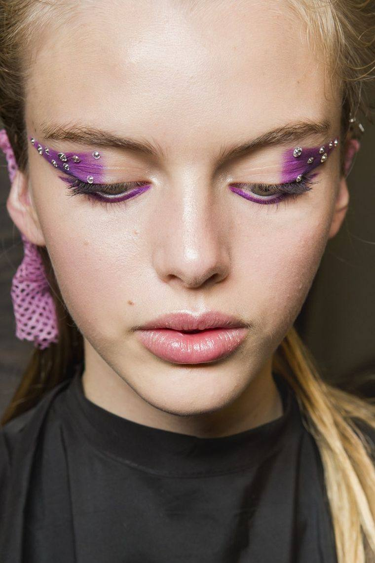 idea-make-up-face-trends-fall