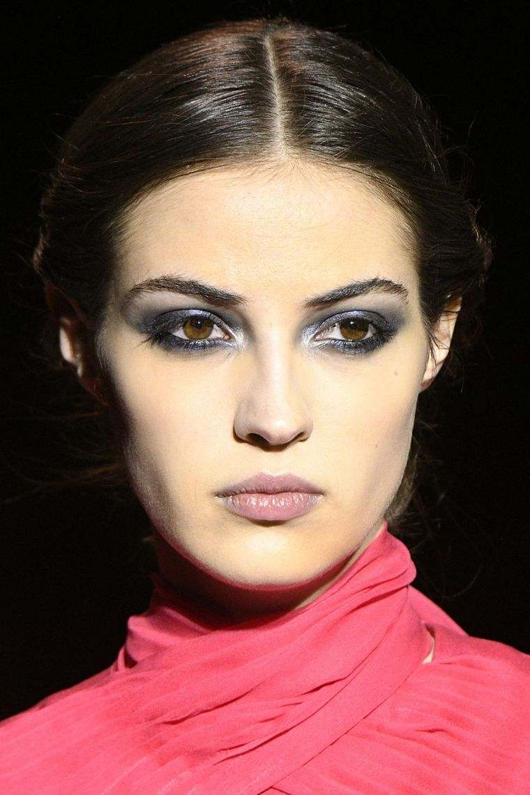 makeup-color-METALLIC-face-woman-fall