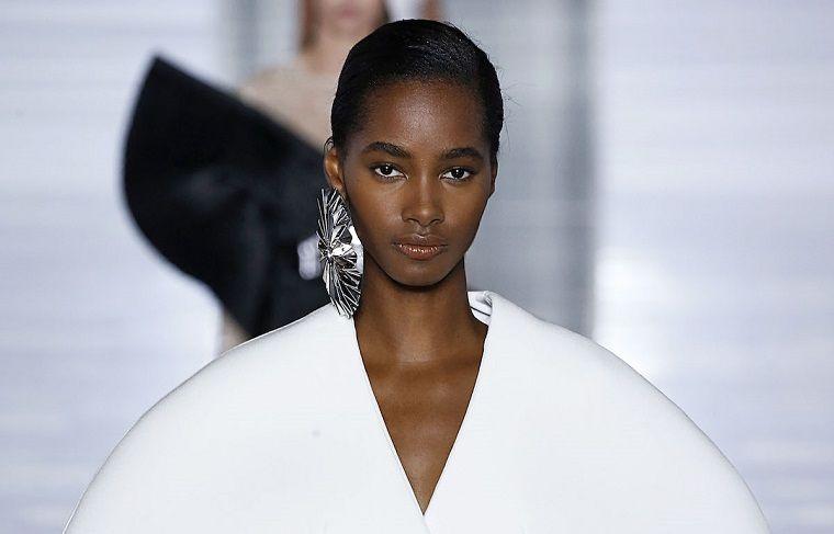 trendy makeup 2019 fashion