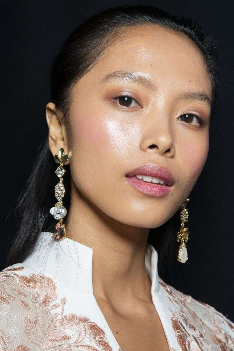 makeup-trends-spring-2019, Badgley Mischka,