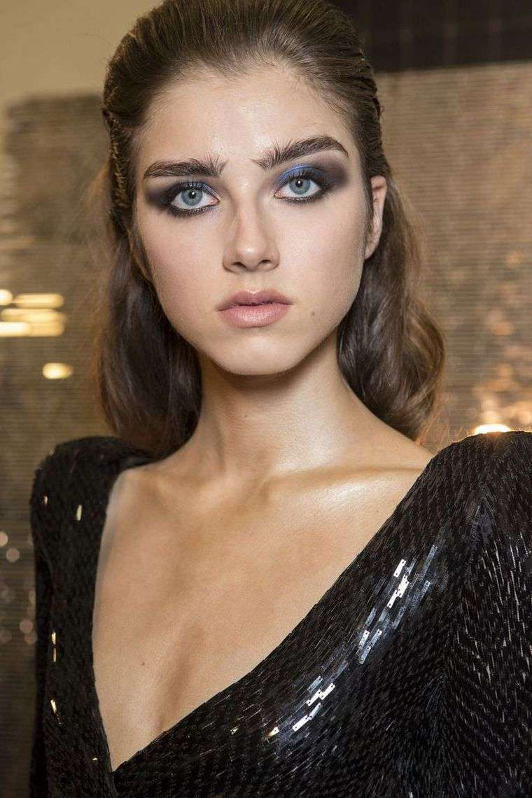 makeup-trends-spring-2019-Julien Macdonald