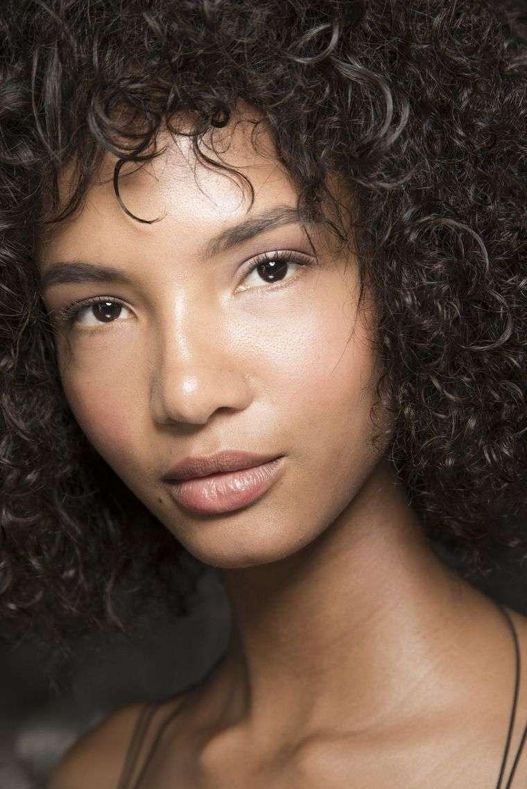 makeup-trends-spring-2019-Pamella Roland,