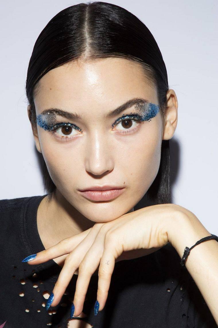 makeup-trends-spring-2019-Tadashi Shoji,