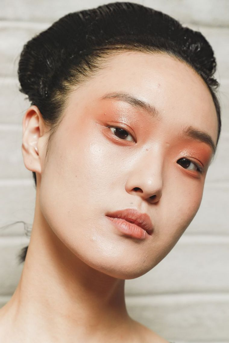 trendy makeup spring-2019-antonio-marras