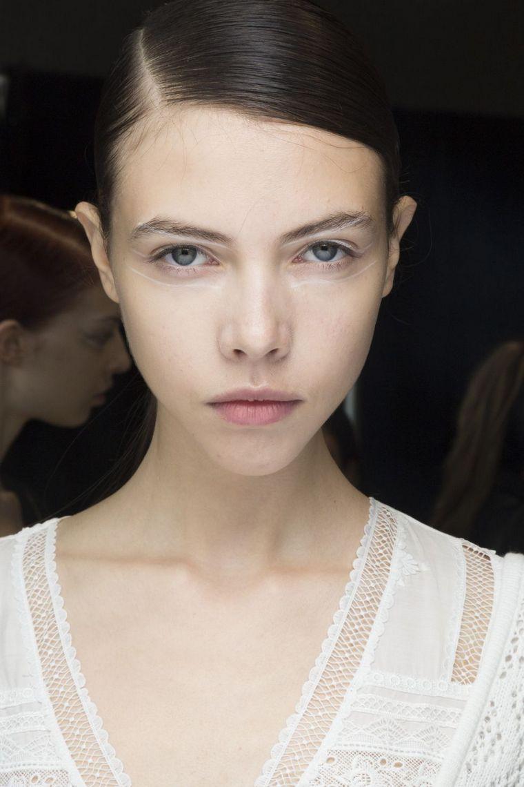 makeup-trends-spring-2019 self-portrait