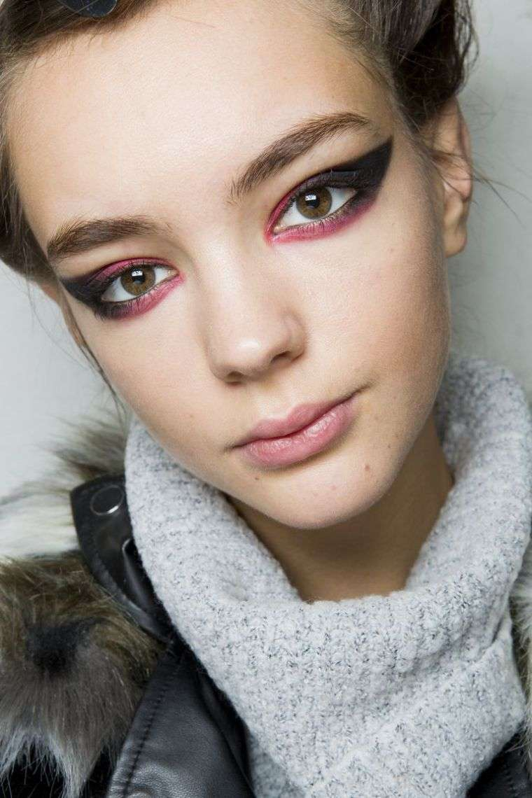 makeup-face-eyes-trends-color-red-black