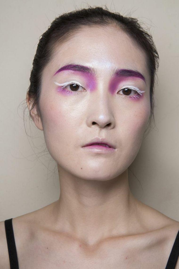fashion-and-makeup-woman-2019