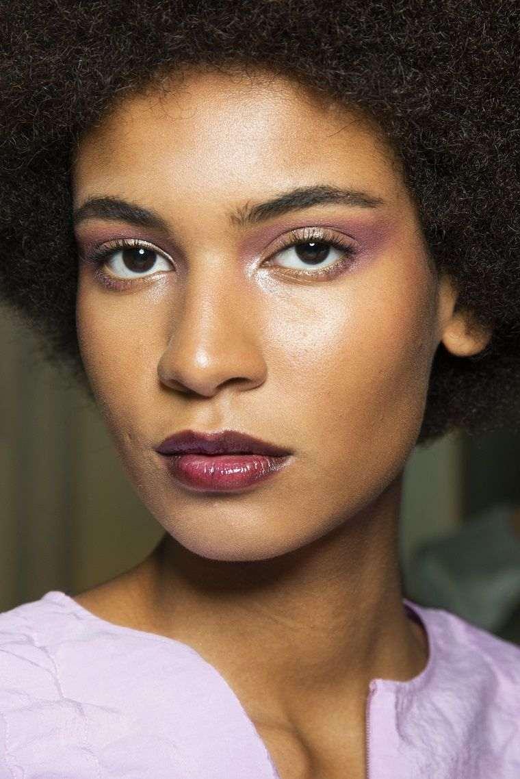 fashion-woman-trend-2019-makeup
