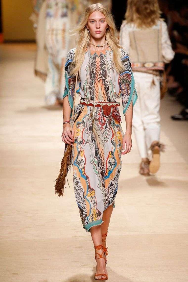 bohemian chic style woman