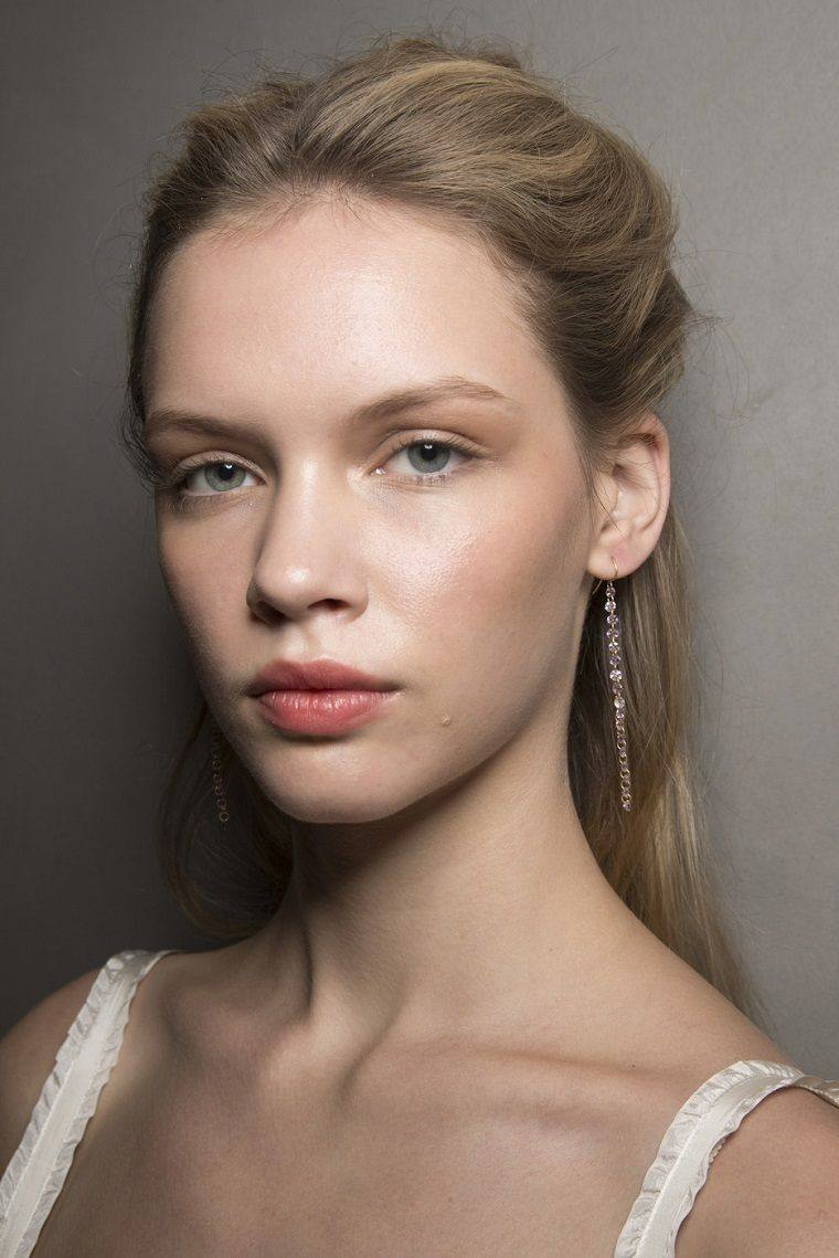 trend-makeup-fashion-2019