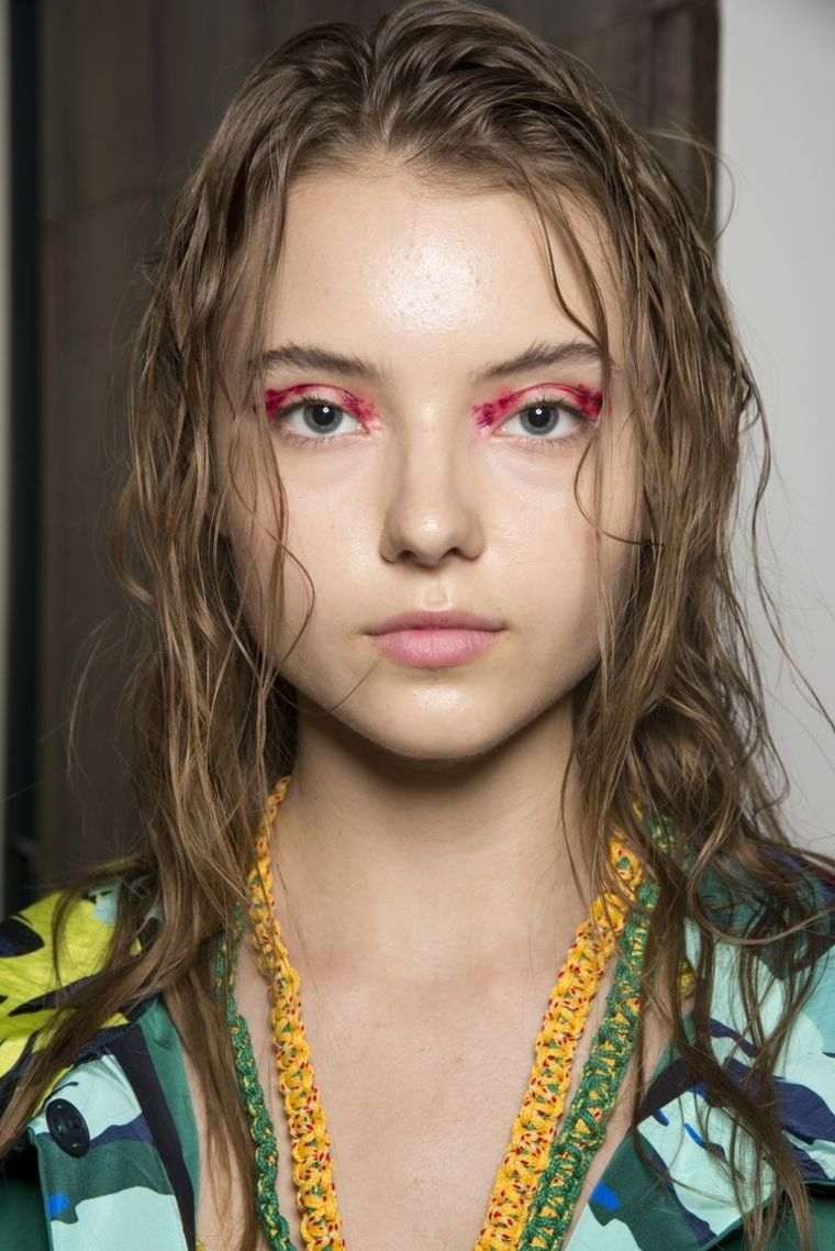 trends-of-fashion-makeup-2019