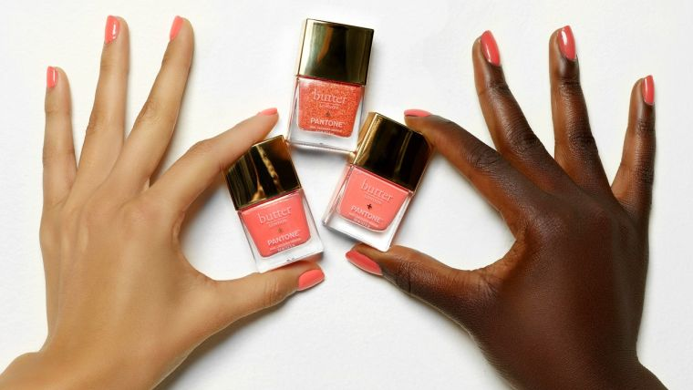 varnish-a-nail-color-trend-2019, pantone-pink-coral