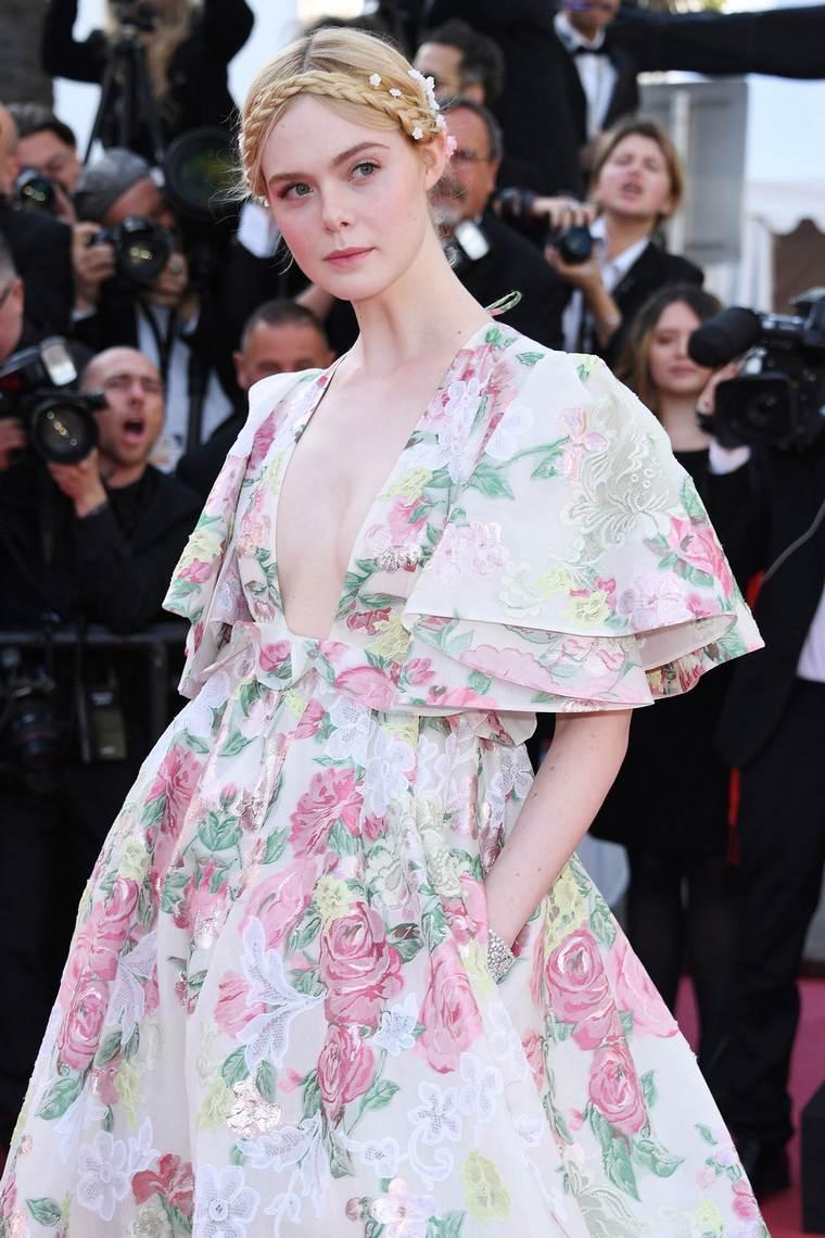 Cannes 2019 Elle Fanning still Chopard