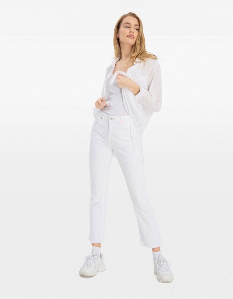 jeans femme blanc tendance printemps ete