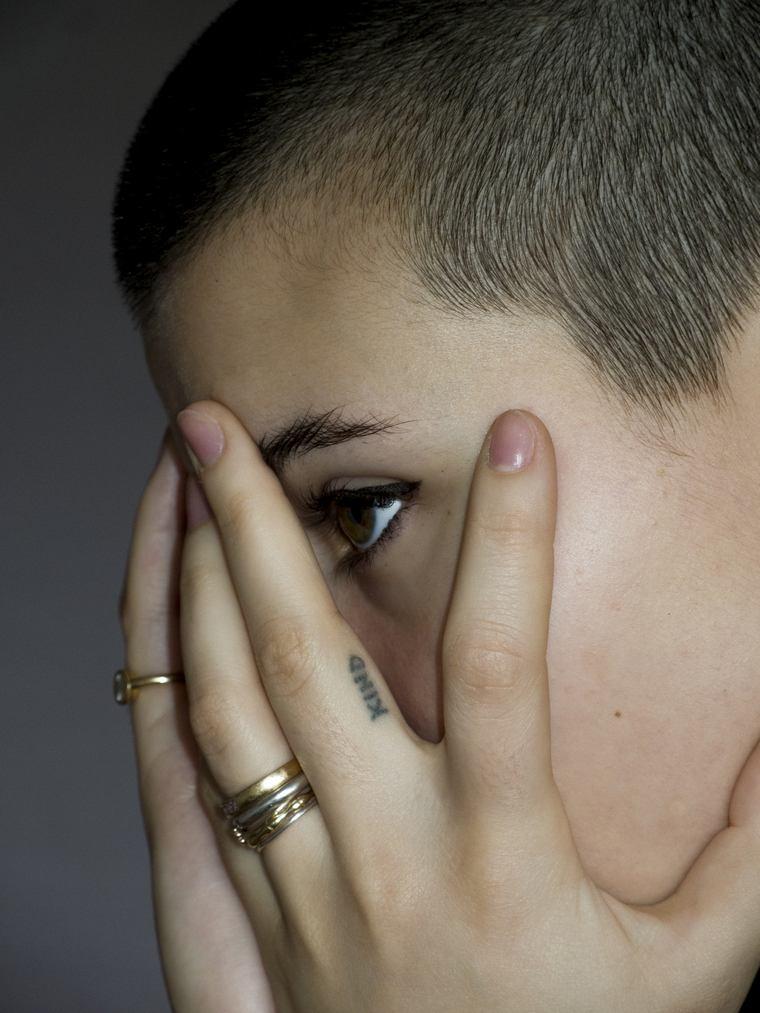 first tattoo woman finger