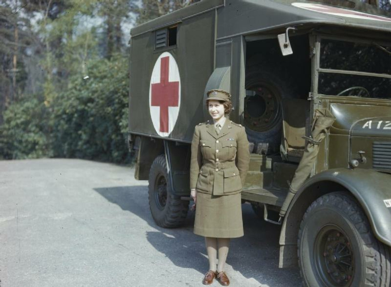 Elizabeth II Second World War