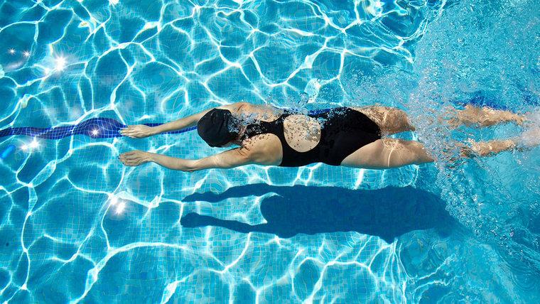 learn to swim breaststroke