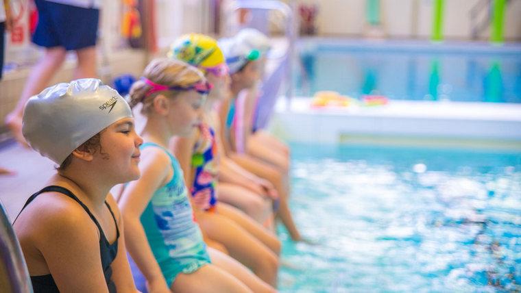 learn to swim kids pool