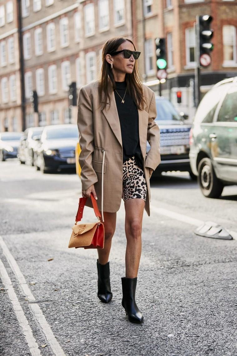 long jacket woman short shorts