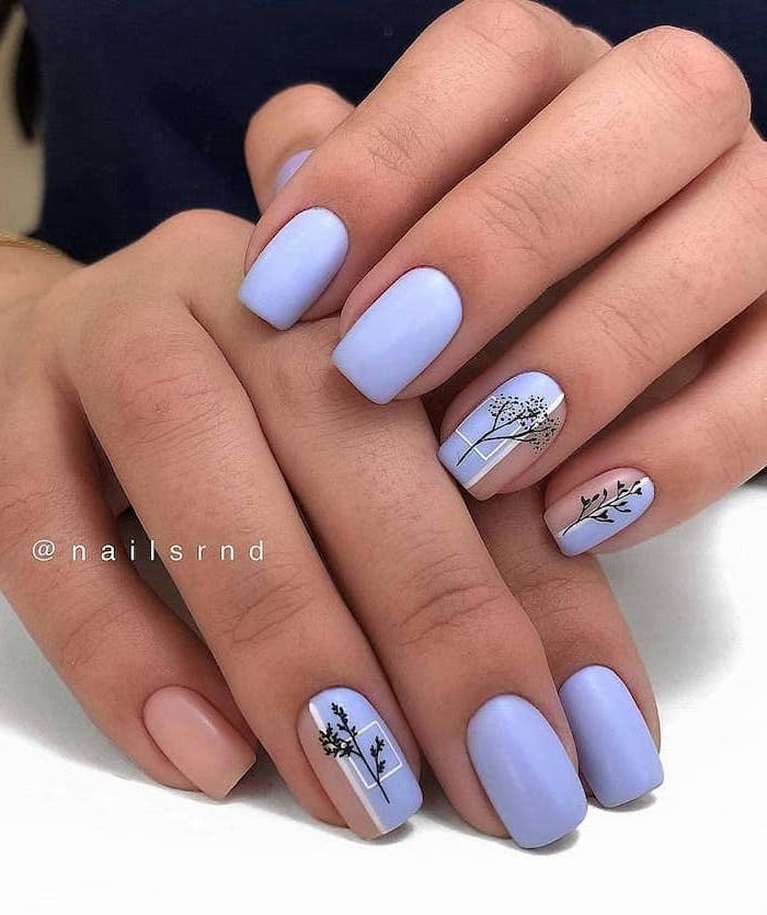 Nail shape and beach nail art