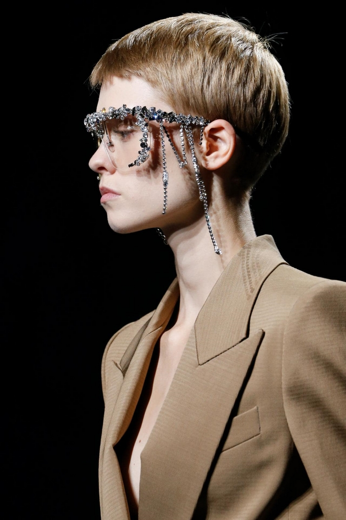 trendy sunglasses 2019 bling Givenchy
