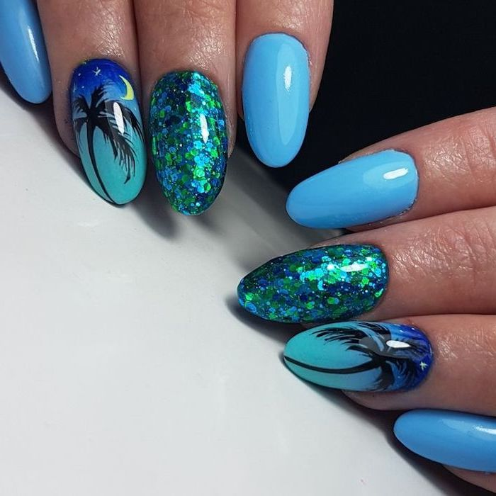 Nail art blue for the holidays