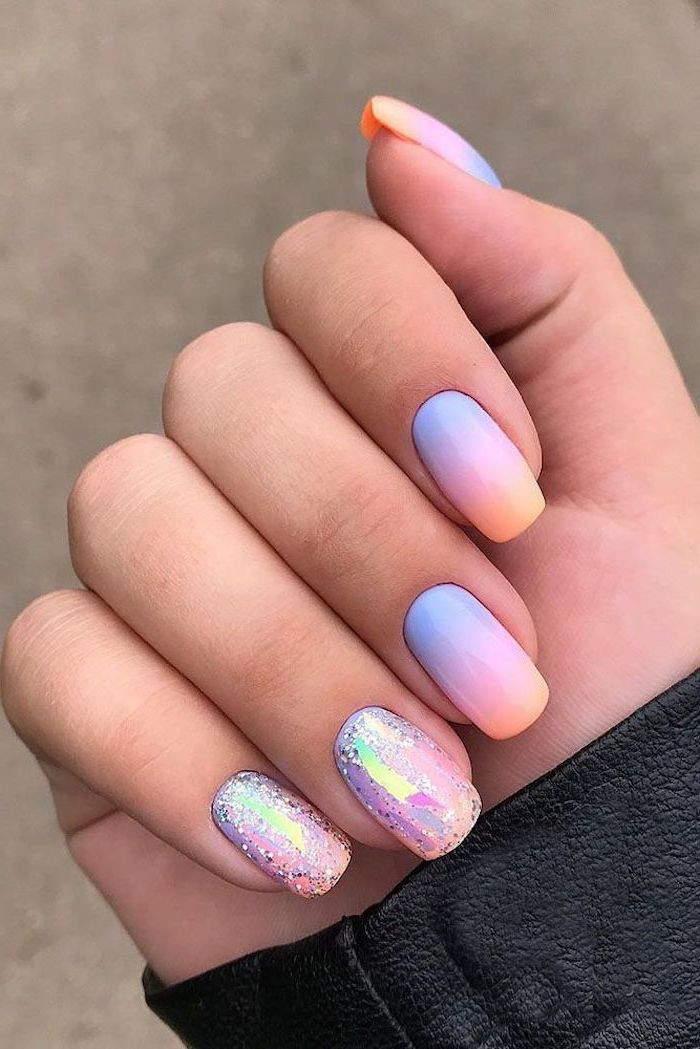 Nails in pastel colors