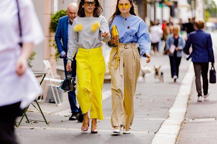 pants carrot pants yellow pants stripes blue shirt