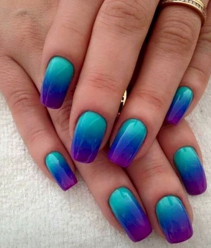 Nail polish for the beach