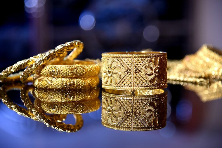 jewelery art jewelry history