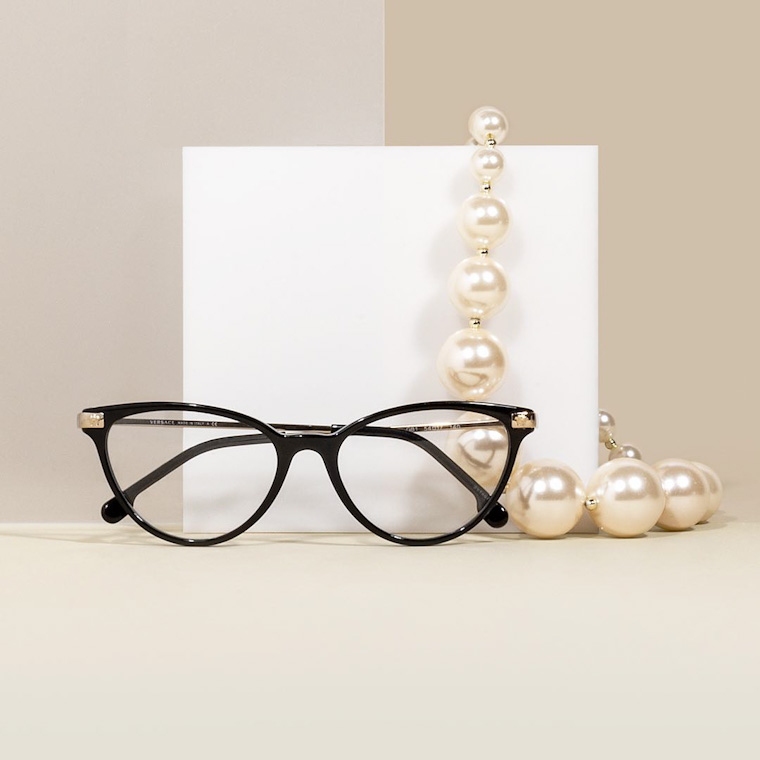 trendy eyeglasses for woman vintage
