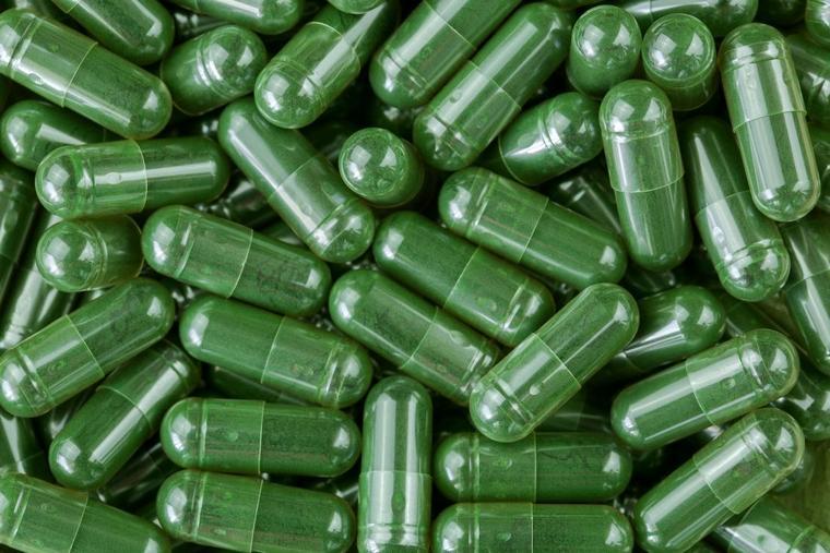 healthy spirulina nutritional supplement