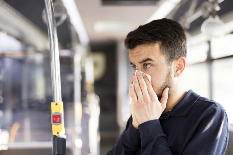 how is coronavirus contamination done