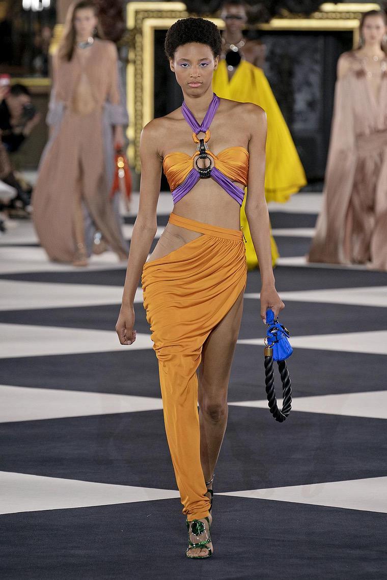 fashion outfit woman fashion look 2020 balmain