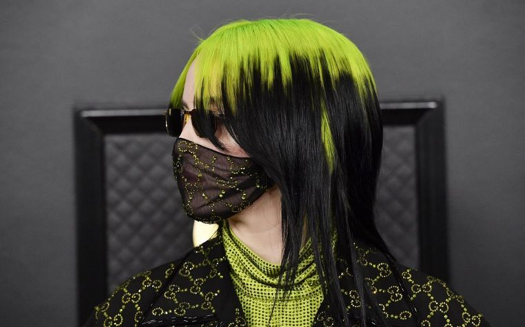 Billie Eilish Gucci mask