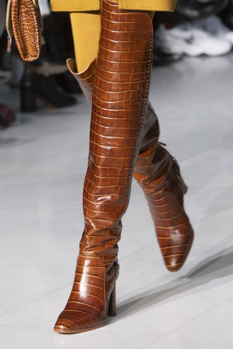 shoes heeled boots