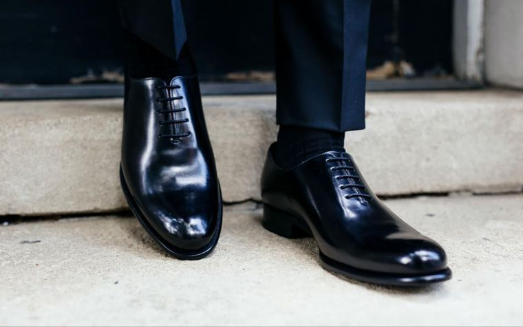 modern men's shoes pictures