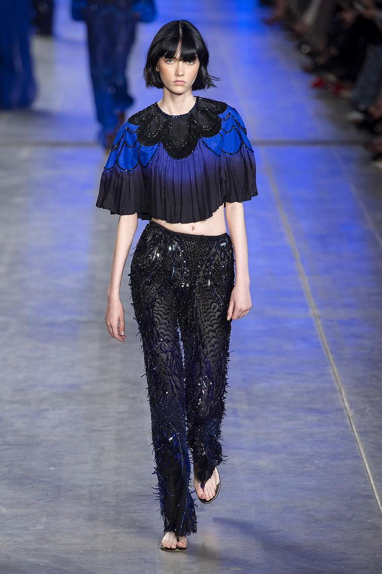 women's fashion 2020 outfit: cropped top and long pants by Ferretti