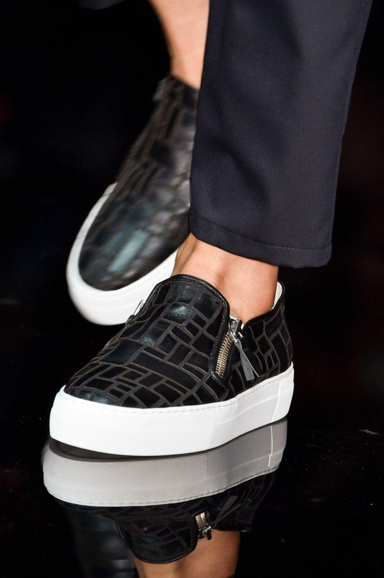 man shoe trend 2020