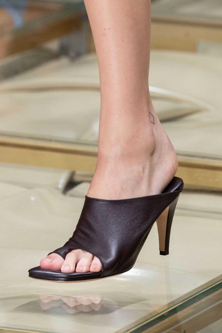 idea of modern sandals for summer