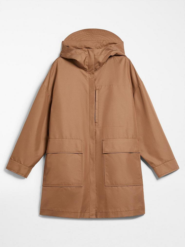 raincoat with max mara pockets