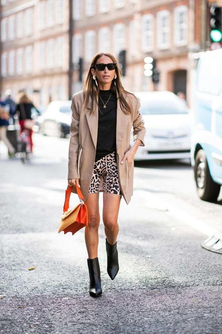 modern leopard leggings