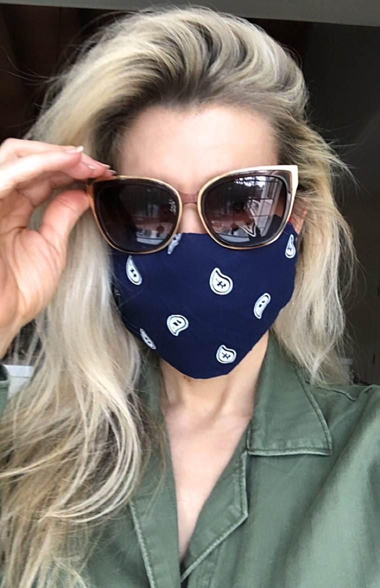 coronavirus seamless masks