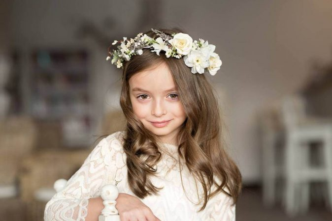 hairstyles first communion crown flowers