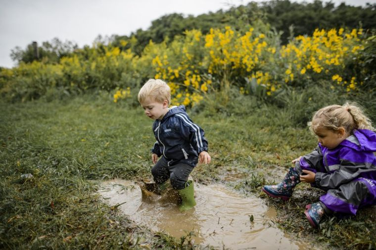 reinforce the child's immune system with outdoor games