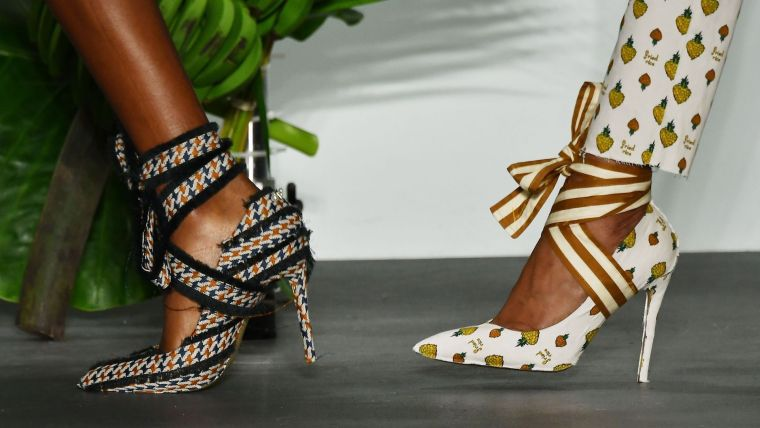 fashionable famme summer sandals