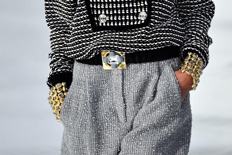 luxury ready-to-wear hand pockets